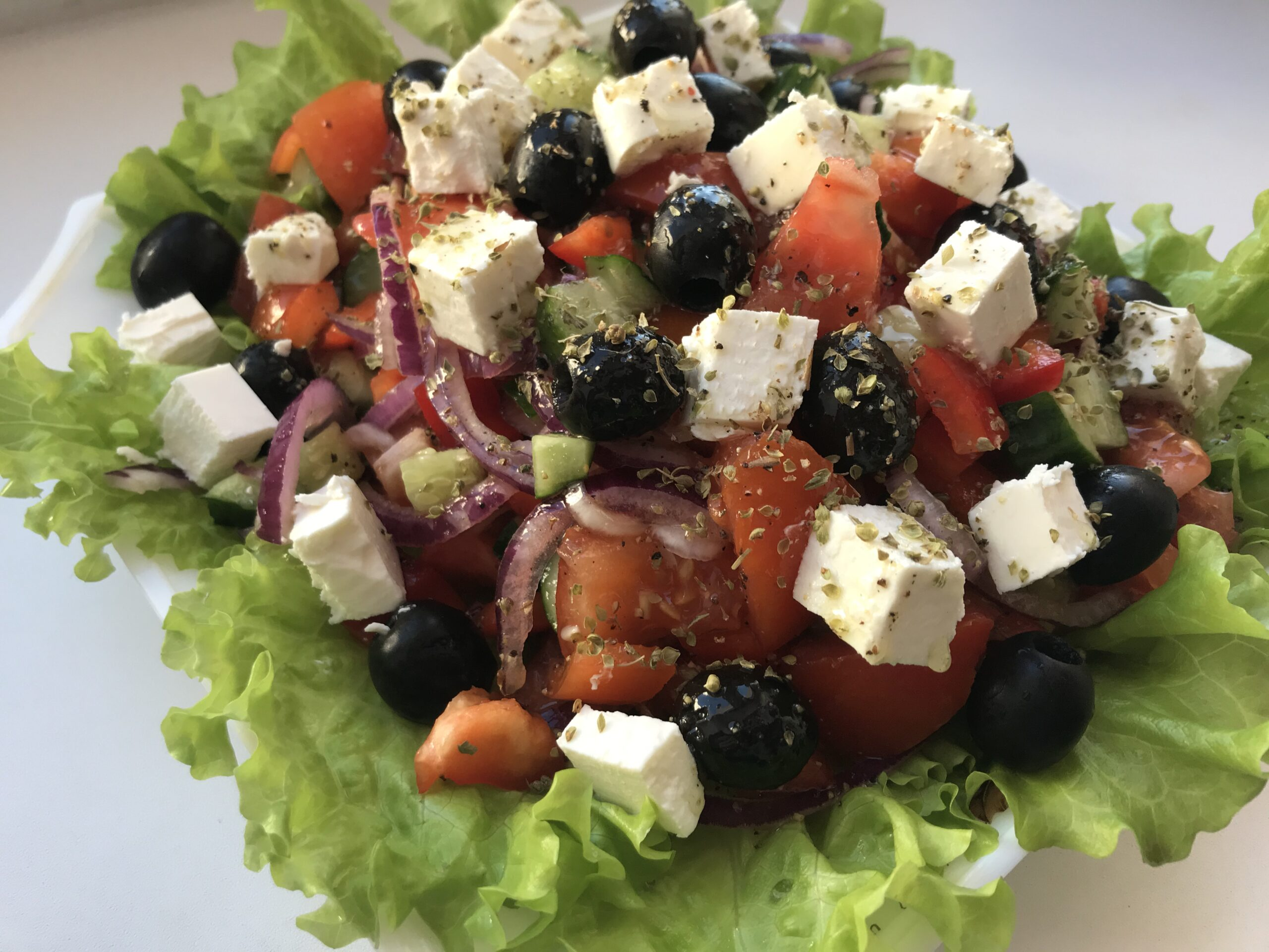 Салаты на праздничный стол: простые и вкусные рецепты